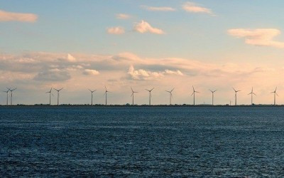 Global offshore wind installed capacity up 21 percent since 2013