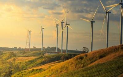 Πράσινο φως για αιολικά σε γη υψηλής παραγωγικότητας – Παραμένει η απαγόρευση για φ/β – Καταργείται η Προτεραιότητα για Έργα που συνδέονται μετά τις 4 Ιουλίου 2019