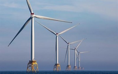 Why Half of Oil and Gas Workers are looking to Offshore Wind