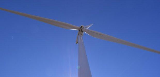 WindEurope: Μόνο σε Τέσσερα Κράτη-Μέλη συγκεντρώθηκε το 80% των Επενδύσεων για Αιολικά πέρυσι