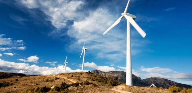 Στα Σκαριά 100 Νέα Επενδυτικά Σχέδια για Μega Φωτοβολταϊκές και Αιολικές Μονάδες